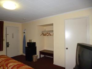 Mount Vernon Inn, Motels  Sumter - big - 8