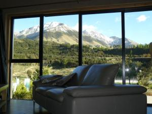 Mount Lyford Hotels