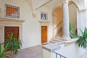 La Casa al Portico
