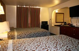 Econo Lodge Inn & Suites Tyler, Hotels  Tyler - big - 24
