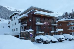 Hotel Garni Dorfblick - St. Anton am Arlberg
