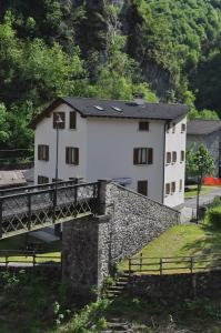 Nearby hotel : Ostello di Cassiglio