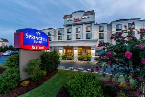 Nearby hotel : SpringHill Suites Florence