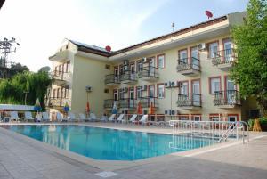 Отель Ertek Hotel, Олюдениз