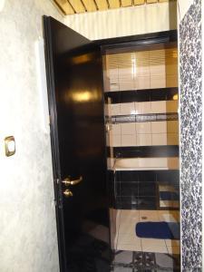 Orange Flower 2 Apartments, Apartmanok  Szófia - big - 79