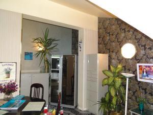 Orange Flower 2 Apartments, Apartmanok  Szófia - big - 50