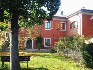 Il Pettirosso, Bed and breakfasts  Certosa di Pavia - big - 1