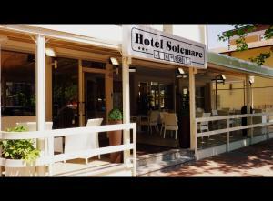 Hotel Solemare, Отели  Чезенатико - big - 1