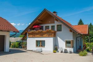Ferienwohnung Ramsbacher, Апартаменты  Фельден-ам-Вёртер-Зе - big - 39