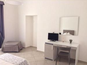 Bed and Breakfast Fly, Bed and Breakfasts  Bari - big - 9