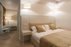 Villa Adriano, Hotely  Estosadok - big - 10
