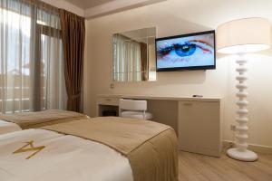 Villa Adriano, Hotely  Estosadok - big - 32