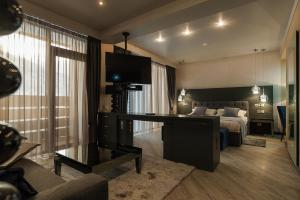 Villa Adriano, Hotely  Estosadok - big - 25