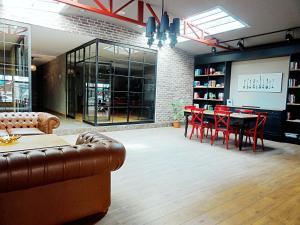 Akin Suites, Aparthotels  İstanbul - big - 43