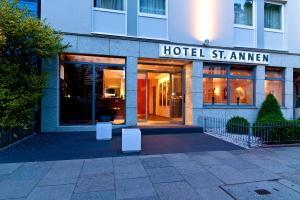 Junges Hotel Hamburg Email