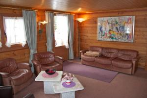 Chalet Marmottes, Chalets  Saas-Fee - big - 12