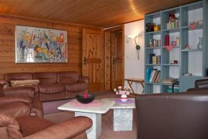 Chalet Marmottes, Chalets  Saas-Fee - big - 17