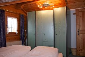 Chalet Marmottes, Chalets  Saas-Fee - big - 22