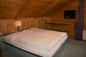 Chalet Marmottes, Chalets  Saas-Fee - big - 4