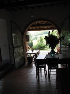 Podere Il Sodo, Апартаменты  Таварнелле-Валь-ди-Пеза - big - 7