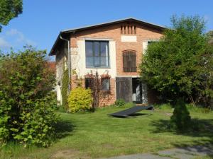 Haus am See in Kleinzerlang
