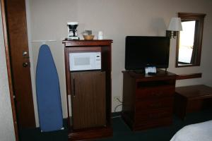 Baymont Inn & Suites - Clarksville, Hotels  Clarksville - big - 9