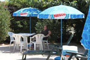 Hotel du Soleil Bleu, Hotely  Istres - big - 28