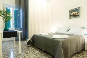 Baristazionecentrale, Bed and Breakfasts  Bari - big - 33