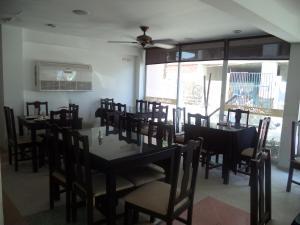 Price Hotel Bahia Plaza
