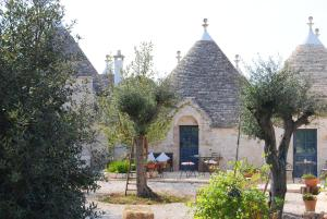 Trulli Gallo Rosso, Bed and breakfasts  Noci - big - 24