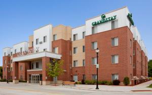 Шебойган (Висконсин) - GrandStay Hotel & Suites Downtown Sheboygan
