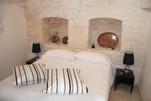 Trulli Gallo Rosso, Bed and breakfasts  Noci - big - 7