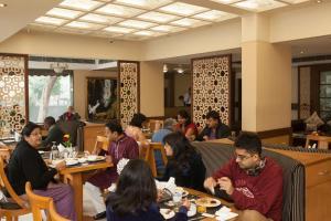 Hotel Athena, Отели  Нью-Дели - big - 23