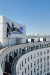 Radisson Blu Hotel Cottbus, Szállodák  Cottbus - big - 13