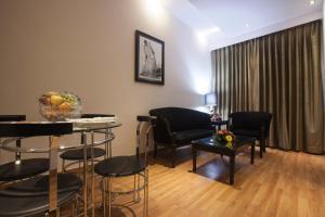 Hotel Athena, Отели  Нью-Дели - big - 4