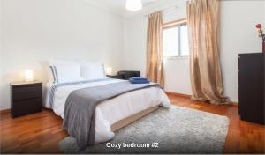 Three-Bedroom Apartment - Guestroom Midway to Geres and Braga
