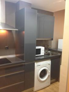 AB Apartamentos H2O, Ferienwohnungen  Málaga - big - 4