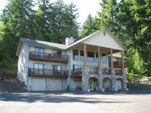 Blue Heron Chateau Bed & Breakfast Inn - Accommodation - Castle Rock
