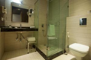 Hotel Athena, Отели  Нью-Дели - big - 18