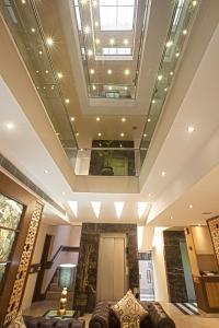 Hotel Athena, Отели  Нью-Дели - big - 20