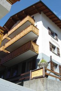 Apartmenthaus Holiday, Ferienwohnungen  Saas-Fee - big - 5