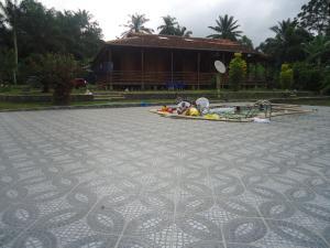 Me-Zochi Resort