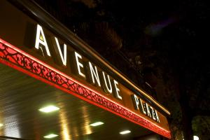 Avenue Plaza photos