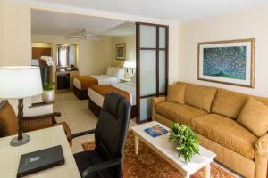 Best PayPal Hotel in ➦ Nassau: Best Western Bay View Suites