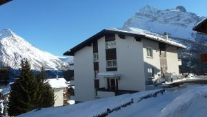 Haus Aristella, Apartments  Saas-Fee - big - 83