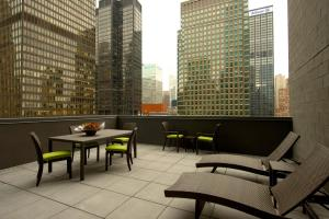 Hilton Garden Inn Central Park South, Hotely  New York - big - 40