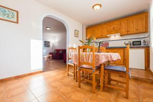 Apartamentos Villa María, Apartmány  Los Llanos de Aridane - big - 74