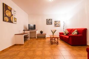 Apartamentos Villa María, Apartmány  Los Llanos de Aridane - big - 77