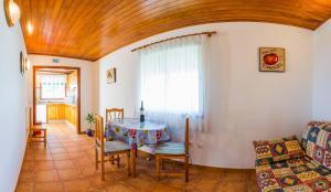Apartamentos Villa María, Apartmány  Los Llanos de Aridane - big - 84