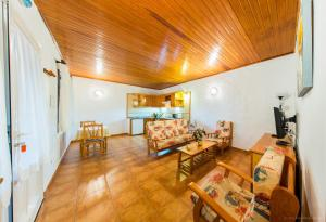 Apartamentos Villa María, Apartmány  Los Llanos de Aridane - big - 117